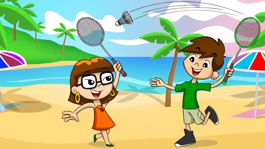 Ilustração. Xereta e Zé estão na praia e jogam Badminton. Os dois seguram uma raquete de cabo fino e jogam de um lado para outro um tipo de bola de onde saem várias penas, parecida com uma peteca.