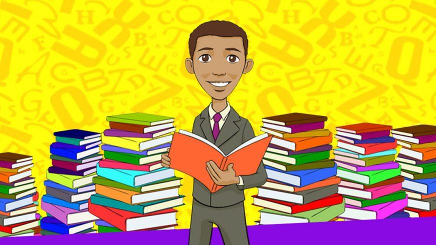 Desenho. O fundo é amarelo e tem várias letras em amarelo mais escuros espalhadas. No centro, um menino magro, moreno, de cabelos castanhos e grandes olhos castanhos sorri e olha para frente. Ele veste terno cinza com camisa bege e gravata roxa. O menino segura um livro de capa laranja com as duas mãos. Dos dois lados do menino, livros de várias cores empilhados. São quatro pilhas de cada lado do menino e ocupam toda a largura da imagem.