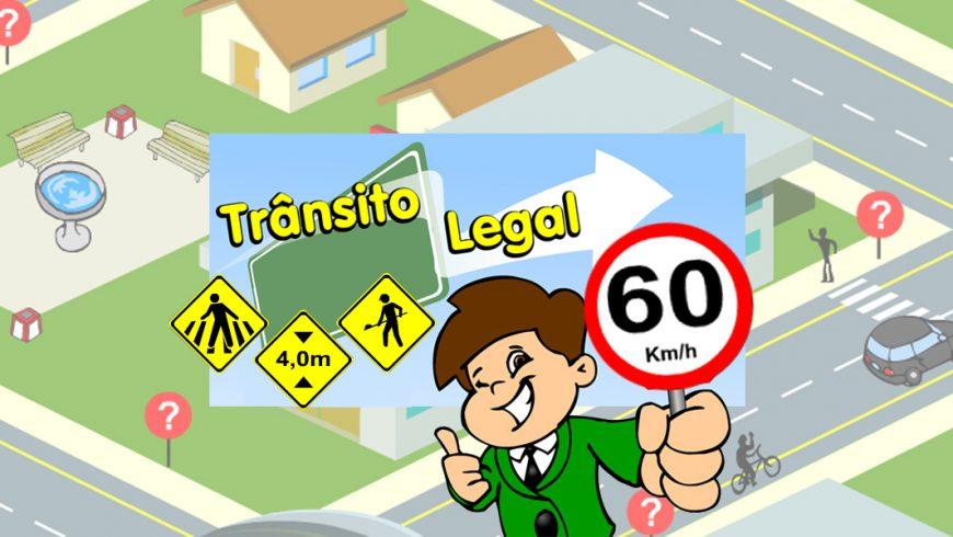 """Ilustração. O fundo mostra uma cidade vista de cima em tons claros. No centro, um retângulo azul onde está desenhada uma placa retangular verde, três placas de trânsito amarelas e as palavras """"Trânsito legal"""". Na frente do retângulo, Zé Plenarinho segura com uma das mãos uma placa de trânsito onde está escrito: 60 km/h e a outra mão está fechada com o polegar apontando para cima. Ele sorri e pisca um dos olhos."""