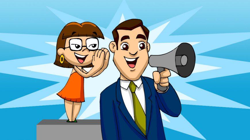 Ilustração. O fundo é em tons de azul. Na frente do fundo, um homem de terno azul, camisa branca e gravata azul fala em um megafone. Do lado esquerdo da imagem, Xereta está em cima de um banco cinza e sussurra algo perto do ouvido do homem.